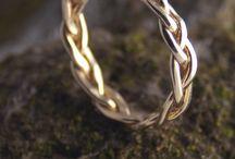 Jewellery / Braided ring