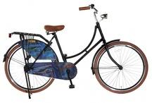 Omafietsen  28 Inch / Super Blitse Omafietsen De welbekende omafiets met een fris nieuw uiterlijk, toch is dit nog steeds een oerdegelijke fiets Jonge meiden zijn dol op deze fietsen ! Deze blitse omafietsen zijn verkrijgbaar in leuke modieuze kleuren en met mooie prints uitgevoerd. Kortom een stevige fiets voor weinig geld! In vele maten verkrijgbaar: 20, 22, 24, 26 en 28 inch Deze fietsen worden in doos afgeleverd en zijn voor 90% afgemonteerd. zie de website fietsen-verkoop.nl voor meer informatie