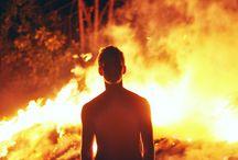 [写真][N][⭐] Fire + Guy / Photography > Nature > Five Elements > Fire + Guy