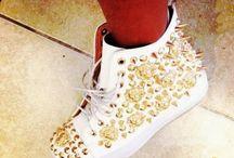 Sneakers & Athletic / Sneakers & Athletic