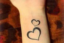 Kicsi tetoválások