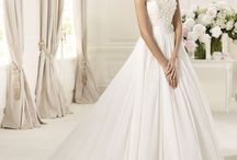 Wedding dresses / If I were to do it again and had a bigger bank account
