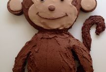 Monkey birthday cakes