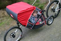 Říjnové vyjížďky / Rodina na cyklovýletě v lese...