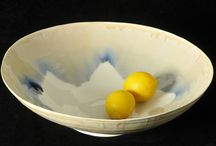 Large decorative bowls By Laura De Benedetti / These handmade beautiful bowls are perfect as a decorative piece but perfectly usable for serving food at the table. Hand made porcelain thrown on the wheel, very skilfully crafted