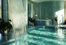 luxurious bathrooms & private pools