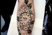tatoo orologio rosa