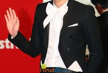"""Lee Min Ho @ Pusan International Film Festival (PIFF) 10/08/09 / """"LMH hesitated a lot, when he was invited to PIFF"""" and added """" Because he has not made any shoot for movie after 'My School ET', there was internal trouble in deciding whether he should come to Pusan or not. But due to the popularity of 'BOF', the drama of KBS 2TV for which LMH played the main character for the first time, we heard a lot of LMH's fans were gathering in Pusan to see LMH."""" For this reason, LMH decided his visit to Pusan and made time to stay there from his busy overseas schedule."""