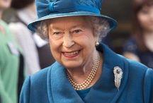britska kralovna alzbeta ii.