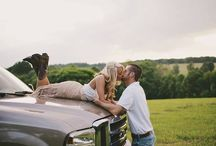 Engagement Picture ideas / by Koreena Heim