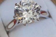 WEDDING // Engagements Rings & Wedding Bands