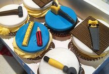 Building themed cupcakes