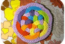 crochet / by Claudia Akiko