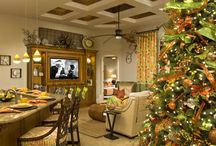 Holiday Decor For My Clients / Holiday Decor does not need to incorporate the traditional colors and themes! Integrate the color scheme and style of your home!