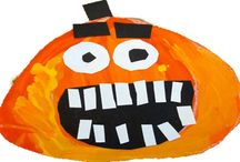 Halloween Classroom Ideas / There's nothing more fun holiday for kids than Halloween. Help your classroom come alive with these fun decorating ideas.