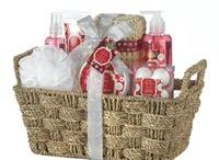 Bath and Body Gift Sets / Wonderful gifts for Anyone