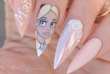 Ana nails