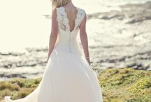 Naomi Neoh iconic collection / Stunning silk wedding dresses from The Bridal House Of Cornwall ❤️