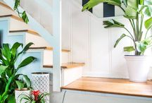 Style: Palm Beach Chic / Palm Beach chic decor, lucite furniture, chinoiserie, Miami style home, colorful and preppy home decor, preppy interiors, preppy rooms
