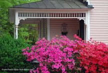Lovely Porch Ideas / Do you love porches as much as we do? This is a collection of lovely porch ideas of all kinds - front porches, back porches, and side porches. #frontporchideas #porchdecorating #frontporchdesigns