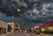 love a good storm / storms