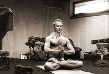 Stars & yoga / Tellement YUJ, tellement yoga