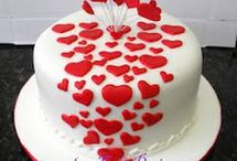 heart theme cakes