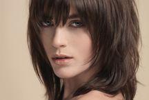 Fryzury dla włosów falowanych
