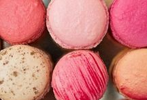 Macaroon Sweet Treats / Macaroons might actually be my favorite dessert of all time.