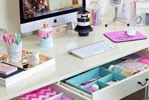 Schreibtisch und Co.