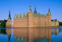 Beautiful Pictures of Frederiksborg Palace In Denmark / The Royal residence of King Christian IV in Denmark, Frederiksborg Palace is now a museum of national history holds amazing stills from the history.