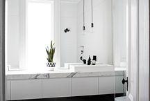50's bathroom's mirrors