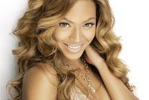 Celebrities' hair extensions