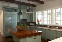 Kitchens / by Kelly Richter