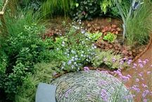 In the round / Inspiration for circular seating areas.