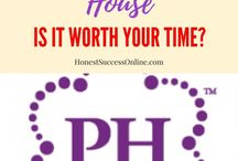 MLM company reviews / MLM companies promise flexible hours and unlimited income potential. Are they worth your time and effort? #mlmcompanyreviews #workfromhomejobs