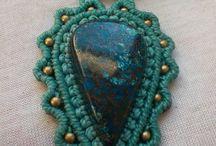 Macrame with stone