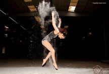 """Sessão Fotográfica """"Lucie"""" / Experiências com farinha"""