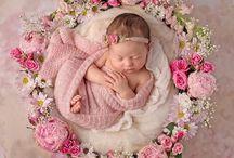 newborn poses and deco