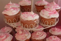 cupcakes/cakes & cookies