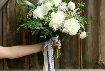 Bouquets / by Unforgettable Floral