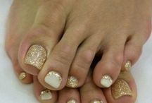 Toe nail art/design
