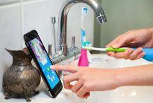 Playbrush / Playbrush ist ein intelligenter Zahnbürstenaufsatz der sich via Bluetooth mit Zahnputzspiele-Apps verbindet und so Kinder während des Zähneputzens auf eine magische Reise ins Märchenland Utoothia schickt. Indem Kids die Spielfigur mit ihren eigenen Putzbewegungen steuern macht Zähneputzen nicht nur endlich Spaß sondern ist durch integriertes Feedback und Statistiken auch noch effektiv.   Don't just brush, Playbrush. Mehr auf  www.playbrush.com