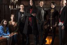 Young Dracula / Love this show