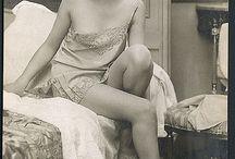 pretty women vintage