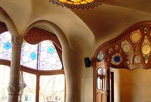 Gaudi Love