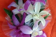 Hawaiian Orchid Corsages / Fresh Hawaiian orchid corsages for weddings, prom, Easter or any special occasion.  Hand made in Hilo and guaranteed fresh delivery we have pin on or wrist corsages and head, neck or wrist hakus.
