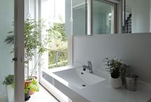 Bathrooms / by Magdalena Ponce de Leon