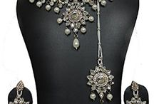 Wedding Bridal Bollywood Inspired Jewelry Necklace Set