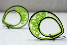 Quilling - šperky - jewelery / Nejen dekorace, ale i šperky mohou vznikat z papírových proužků.